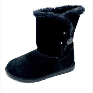 Fireside Black Suede Fur Lined Pull On Boots Sz 9M